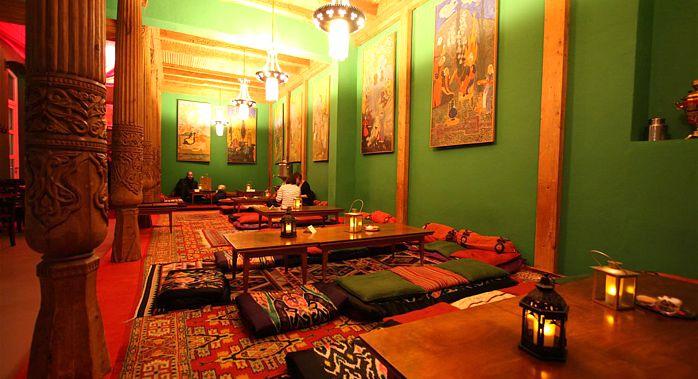 Tadshikische Teestube Das Restaurant